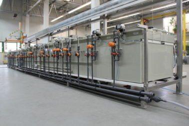 linia-wertykalna-anodowanie-kadmowanie-budowa-maszyn-przemysl